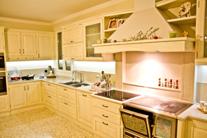 Classic furnishings – Arredamenti Contessa